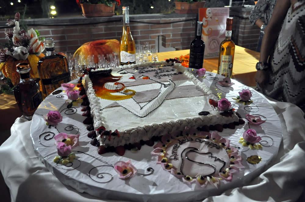 In vino veritas l acquabuona attualit e idee donne - Colorazione pagina della torta di compleanno ...
