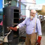 Paolo Parisi e la Locomotiva, fatta di tre forni a legna e carbone