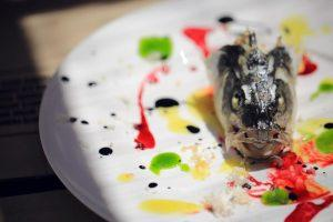 fishken huvud di Yoji Tokuyoshi