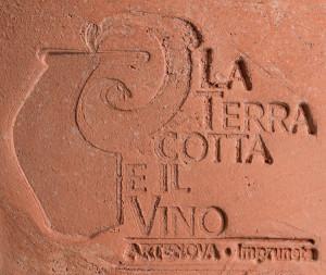 Timbro-la-terracotta-e-il-vino-300x253