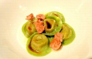 cappellacci-di-rosticciana-salsa-all-aglio-e-salsiccia