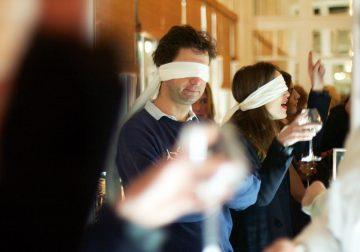 La degustazione alla cieca: pregi ovvi e rischi non calcolati